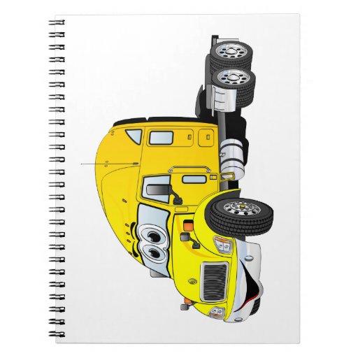 Semi amarillo del taxi del camión cuadernos
