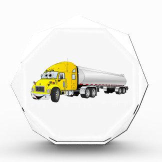 Semi dibujo animado de plata amarillo del remolque