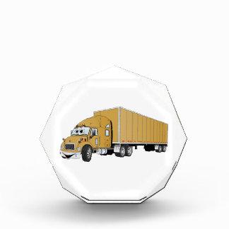 Semi dibujo animado del remolque del oro del camió