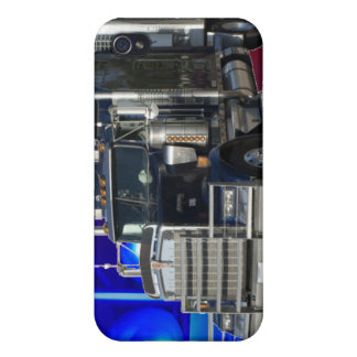 SEMI EL TRACTOR REMOLQUE CON POLICÍA ENCIENDE EL F iPhone 4 CARCASAS
