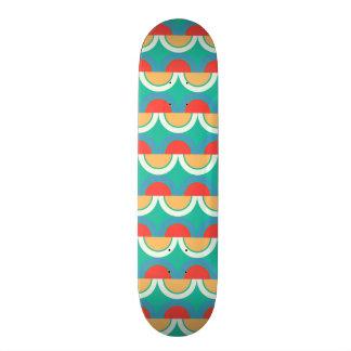 Semicircles and arcs pattern skateboard