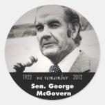 Senador George McGovern 1922-2012 Pegatinas Redondas