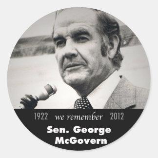 Senador George McGovern 1922-2012 Pegatina Redonda