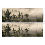 Señal de niebla del prado de la montaña tarjeton