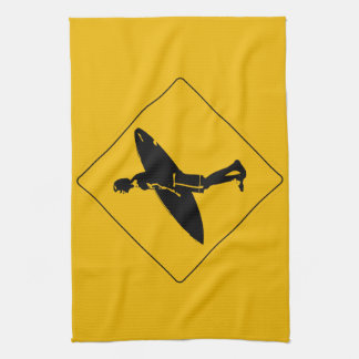 Señal de peligro de la persona que practica surf toalla de cocina