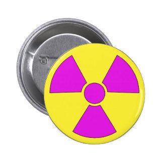 Señal de peligro de la radiación magenta y amarill pin redondo 5 cm