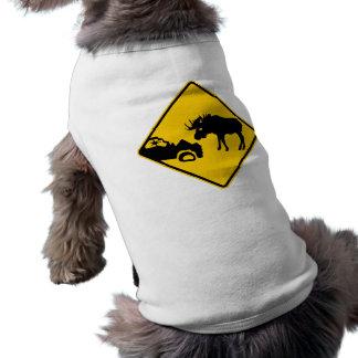 Señal de peligro de los alces del parque nacional  camisa de perro