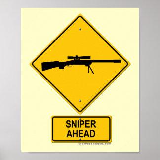 Señal de peligro del francotirador a continuación poster