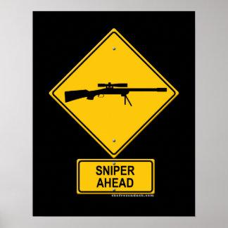 Señal de peligro del francotirador a continuación impresiones