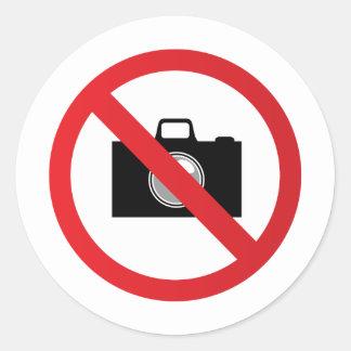 Señal de peligro ninguna cámara pegatina redonda