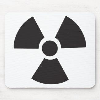 señal de peligro radiactiva alfombrillas de ratón