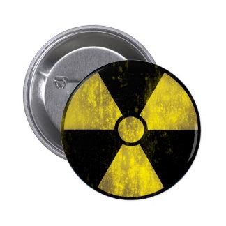 Señal de peligro radiactiva del Grunge - botón Pin