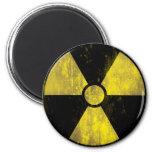 Señal de peligro radiactiva del Grunge - imán