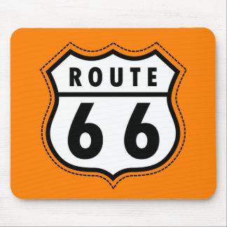 Señal de tráfico anaranjada de la ruta 66 alfombrilla de raton