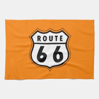 Señal de tráfico anaranjada de la ruta 66 toallas de cocina