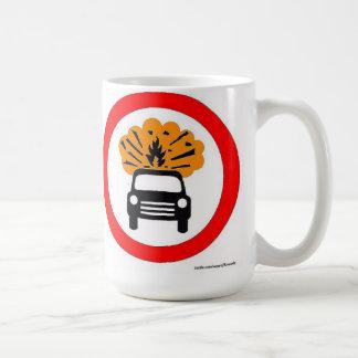 Señal de tráfico de estallido del europeo del taza de café