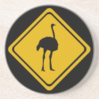 señal de tráfico de la avestruz posavaso para bebida