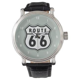 Señal de tráfico de la ruta 66 del gris de ceniza reloj