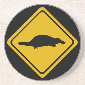 señal de tráfico del platypus posavasos cerveza