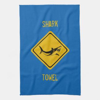 señal de tráfico del tiburón toallas