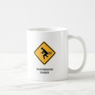 señal de tráfico divertida taza de café