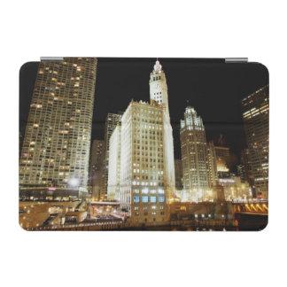 Señal famosa de Chicago en la noche Cubierta De iPad Mini