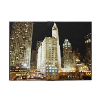 Señal famosa de Chicago en la noche iPad Mini Funda