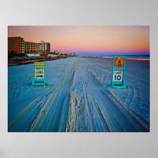 Señales de tráfico de la playa en Daytona Beach en Póster