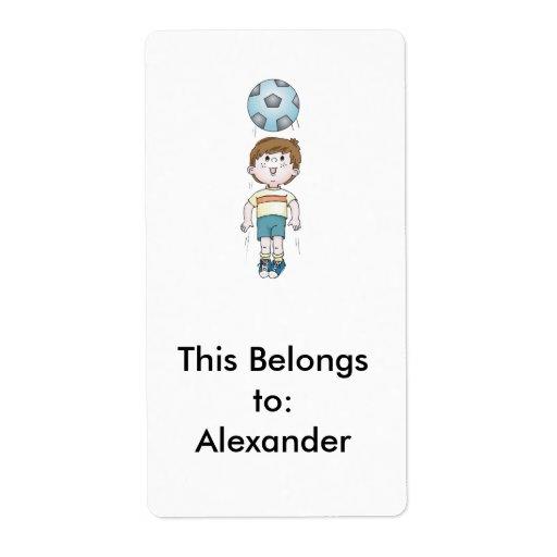 seno de la cabeza del fútbol de los niños pequeños etiquetas de envío