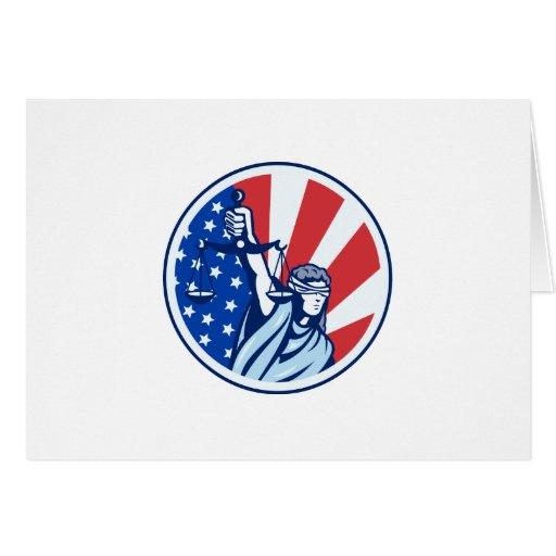 Señora americana Holding Scales de la bandera de l Tarjetón