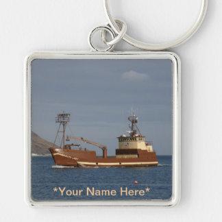 Señora ártica, barco del cangrejo en el puerto hol llavero cuadrado plateado
