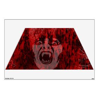 Señora asustadiza del vampiro en etiqueta de la pa