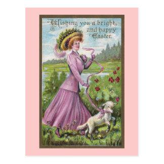 Señora con el cordero en el vintage Pascua del Postal