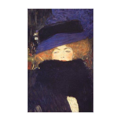 Señora con el gorra y la boa de plumas - Gustavo K Impresiones En Lona Estiradas