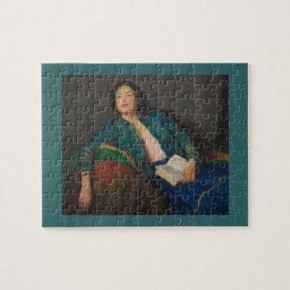 Señora con el libro puzzle