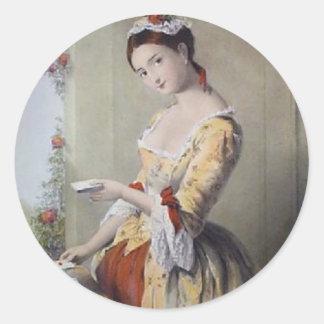 Señora con las tarjetas pegatina redonda