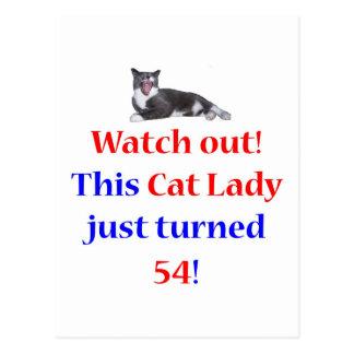 Señora de 54 gatos postal