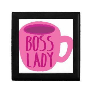 Señora de BOSS con una taza de café rosada Caja De Recuerdo