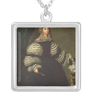 Señora de la familia de Medinaceli, c.1683 Colgante Cuadrado