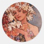 Señora de la flor blanca - Mucha Etiqueta Redonda