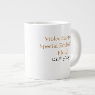 Señora de la taza enorme de las cenizas - líquido taza grande