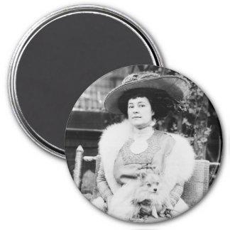 Señora de Pomeranian Imán Redondo 7 Cm