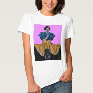 señora del bonito 1934 que goza de una camisas
