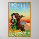 Señora del festival de Portola con el oso Posters