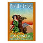Señora del festival de Portola con el oso Tarjeta
