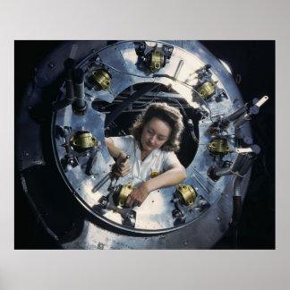Señora del motor del bombardero B-25, 1942 Póster