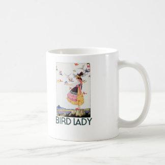 Señora del pájaro taza básica blanca