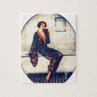 Señora del vintage en el cuarto de baño puzzles