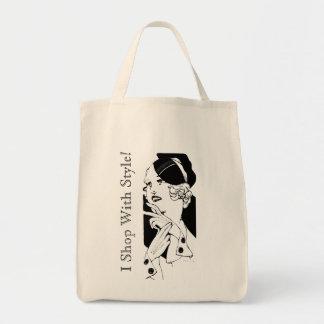 Señora elegante bolsa tela para la compra