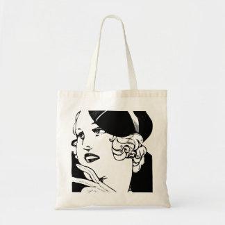 Señora elegante bolsa tela barata